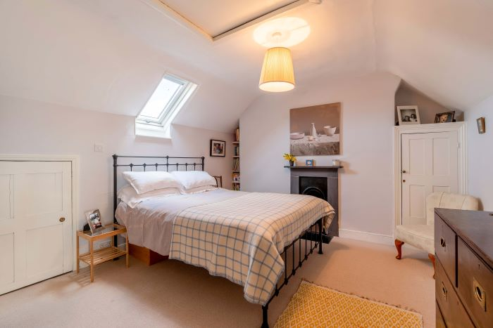 26 Gravel Hill Bedroom