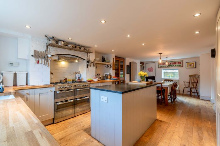 26 Gravel Hill Kitchen
