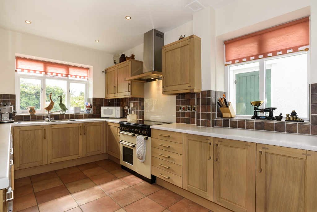 55 Porthill Kitchen