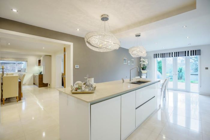 9 Ridgebourne Road Main Kitchen