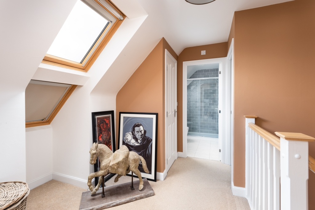 Bluebell Close landing