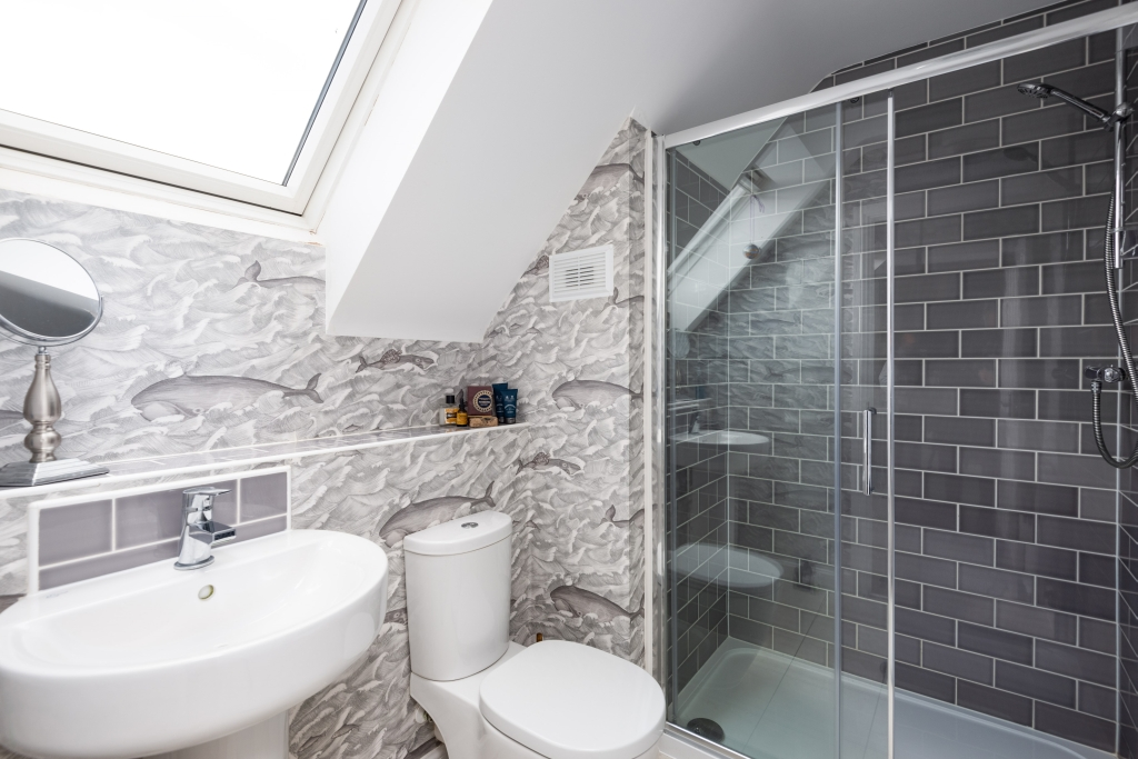 Bluebell Close shower room