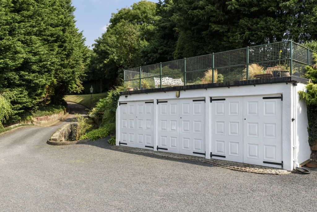 Boat House Garage and Driveway