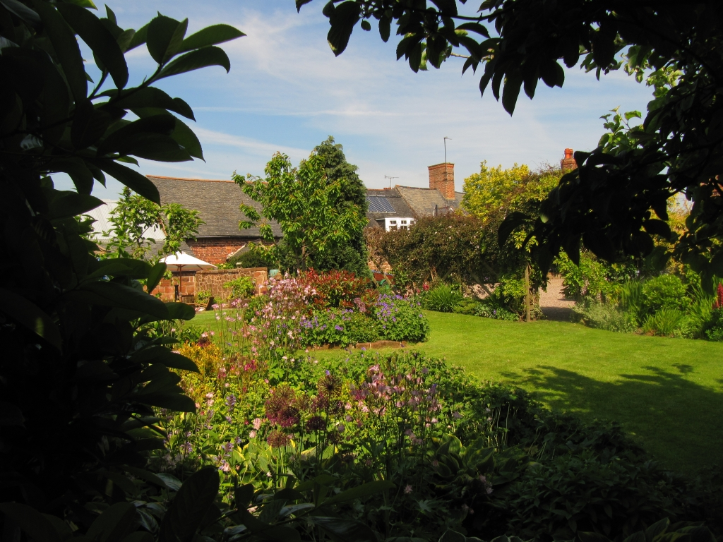 Grove Farm House Garden