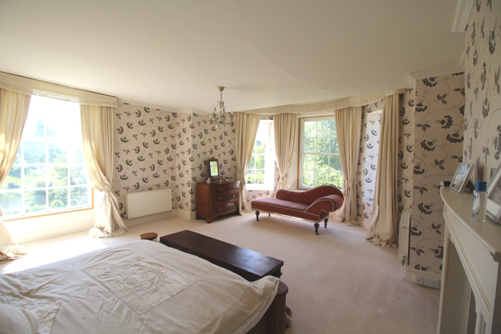 Munslow House master bedroom