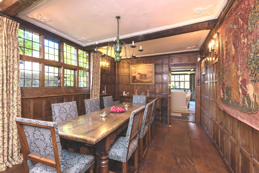 Old Bell House dining1