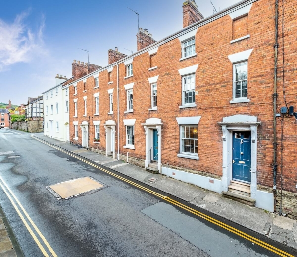 Home or holiday let classic two bed exudes character
