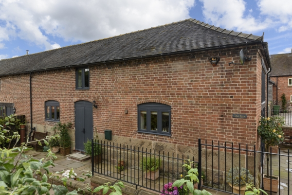 Beautifully maintained byre conversion