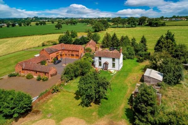 Four Bed Farmhouse, Close to Bridgnorth