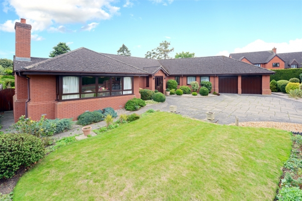 Spacious Bungalow For Sale In Shropshire