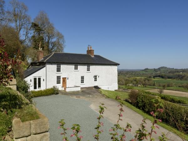 Llansantffraid, Powys