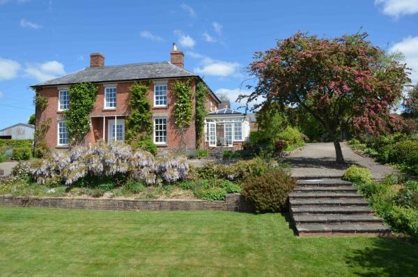 Knowbury Hall – period elegance and a petite estate