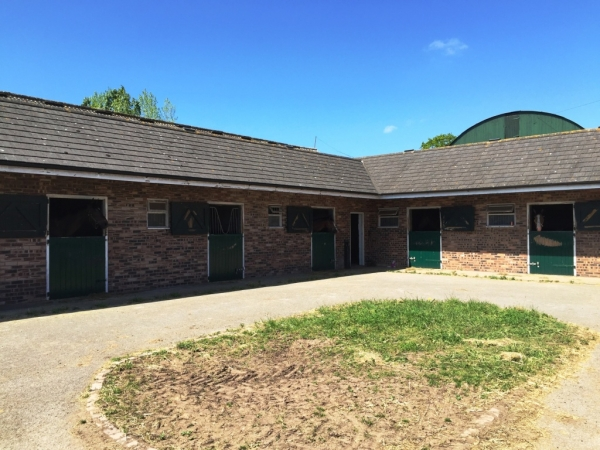 Rare chance to build new house for stables
