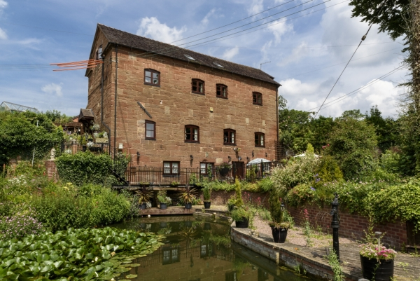 Romantic Names Rosehill Mill and Lakeside Cottage Live up to Expectations