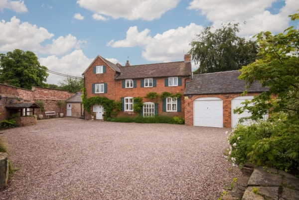 Period Home With Contemporary Twist For Sale In Shropshire