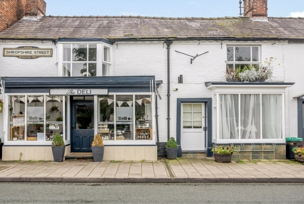 Cottage For Sale In Idyllic Market Town