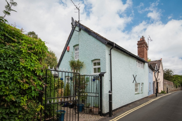 Two Bedroom Cottage Ludlow Town Centre